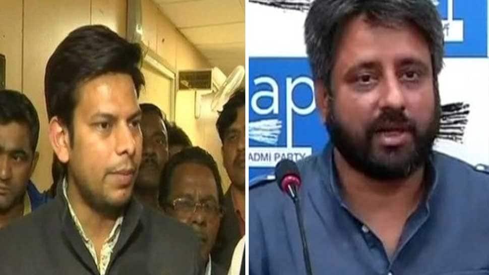 AAP vs bureaucrats: Delhi Police summons Amanatullah Khan, Prakash Jarwal