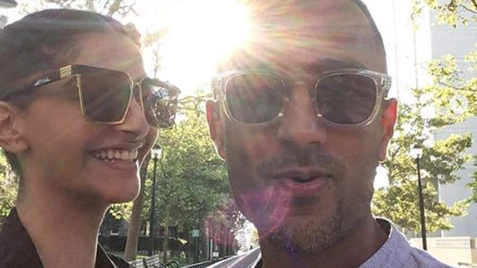 Sonam Kapoor and Anand Ahuja to get married in London? Details inside!