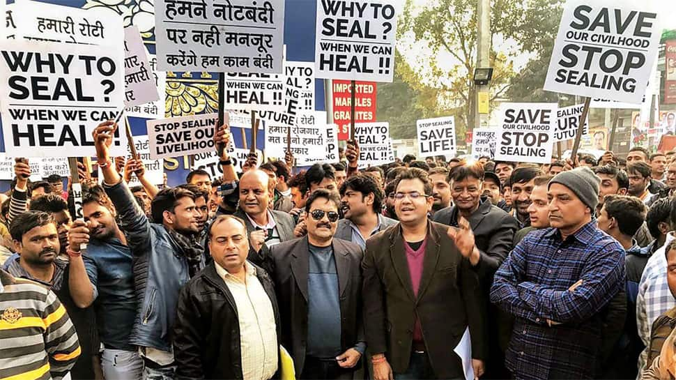 Delhi traders call for bandh against sealing drive, to launch mega rally at Ramlila maidan on Wednesday