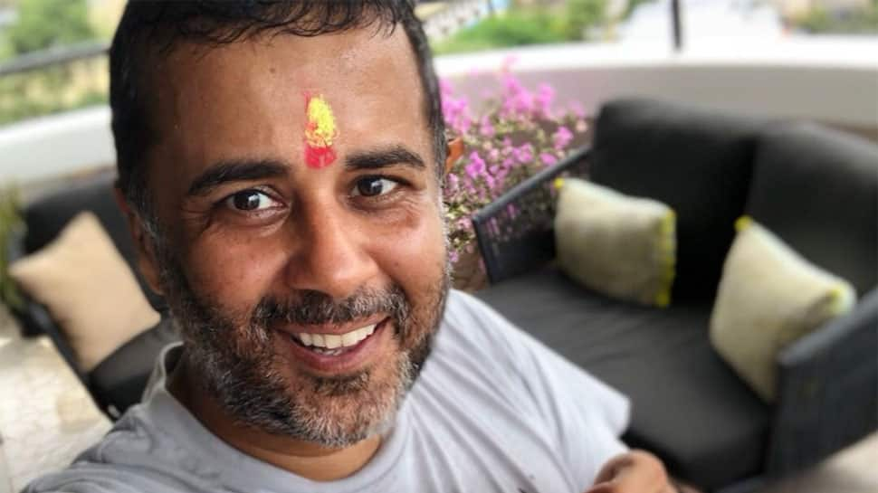 Author Chetan Bhagat creates buzz on social media by tweeting 'joining Congress'; has the last laugh