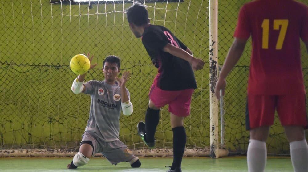 Indonesia's footless goalkeeper kicks home powerful message