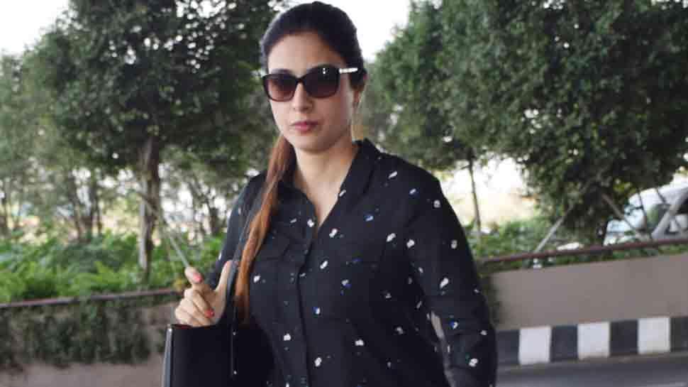 Blackbuck case: Fan misbehaves with Tabu at Jodhpur airport