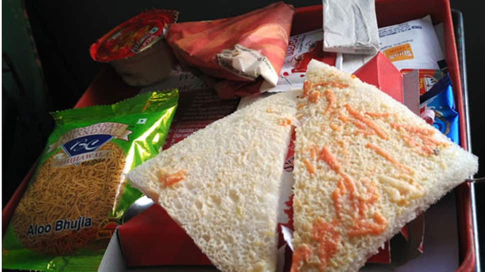 IRCTC warns rail passengers against unauthorised food delivery services