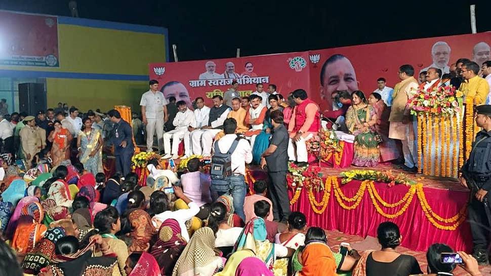 Yogi Adityanath asks if toilets have been built, villagers say a loud 'no'