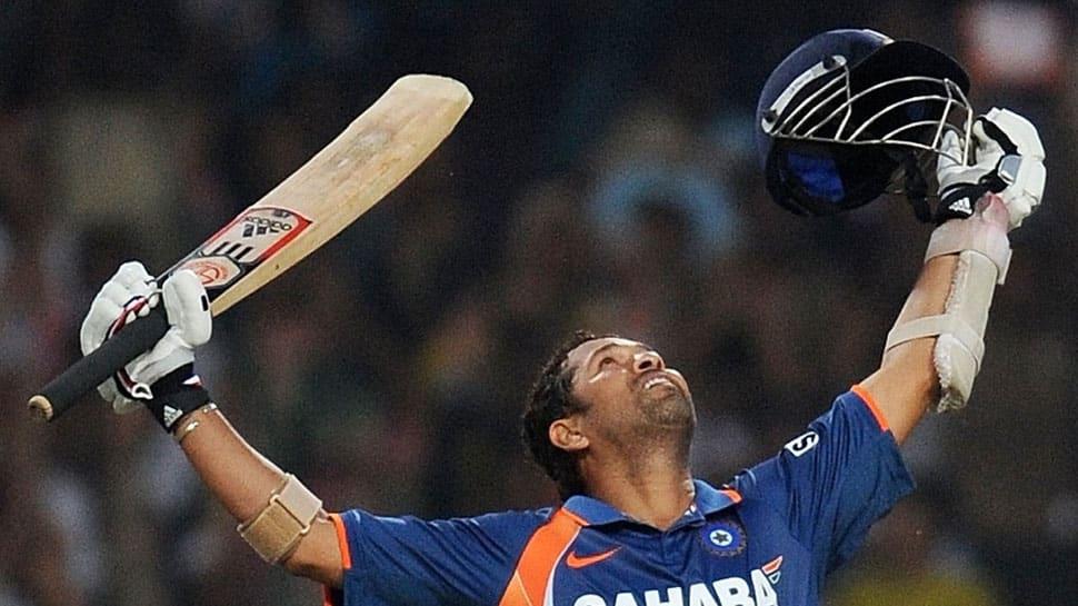 Cricket Australia plays it cheeky on Sachin Tendulkar and Damien Fleming's birthday, fans fume