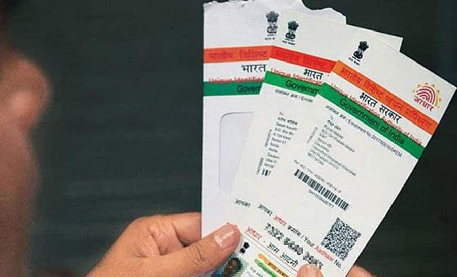 SC questions Centre on mandatory seeding of Aadhaar with mobile