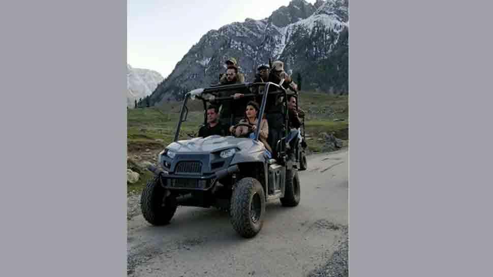 Race 3: Salman Khan, Jacqueline Fernandez shoot for romantic song in Kashmir