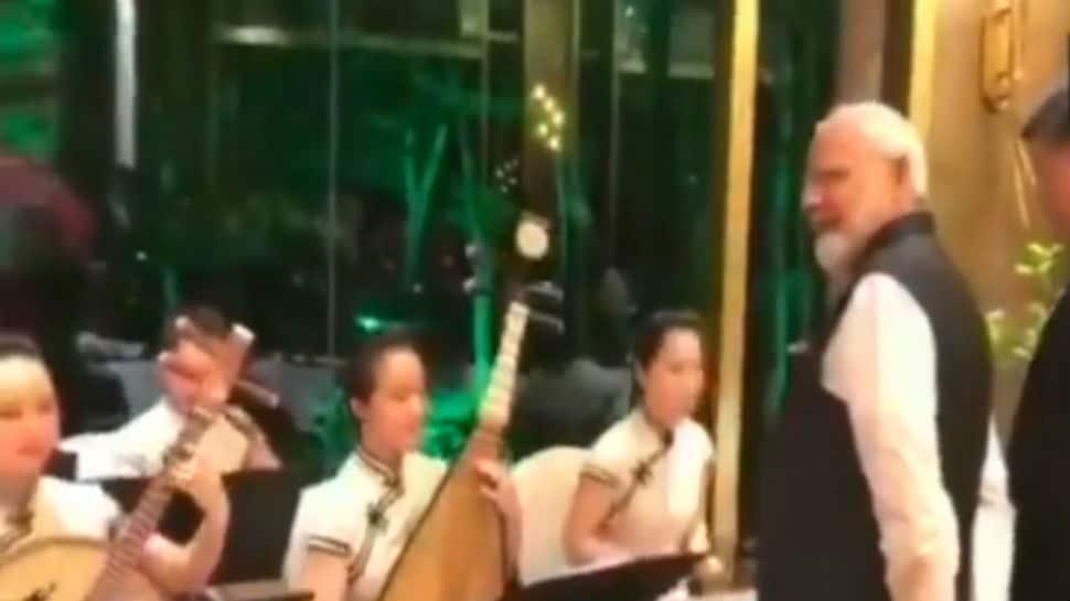 PM Narendra Modi, Xi Jinping enjoy an evening highlighted by timeless Bollywood music