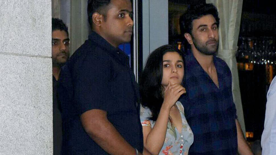 Ranbir Kapoor-Alia Bhatt's dinner date pics raise eyebrows—Photos