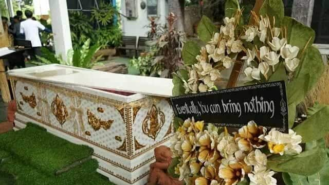 This 'death-themed' Bangkok cafe offers discounts to customers for lying in coffin