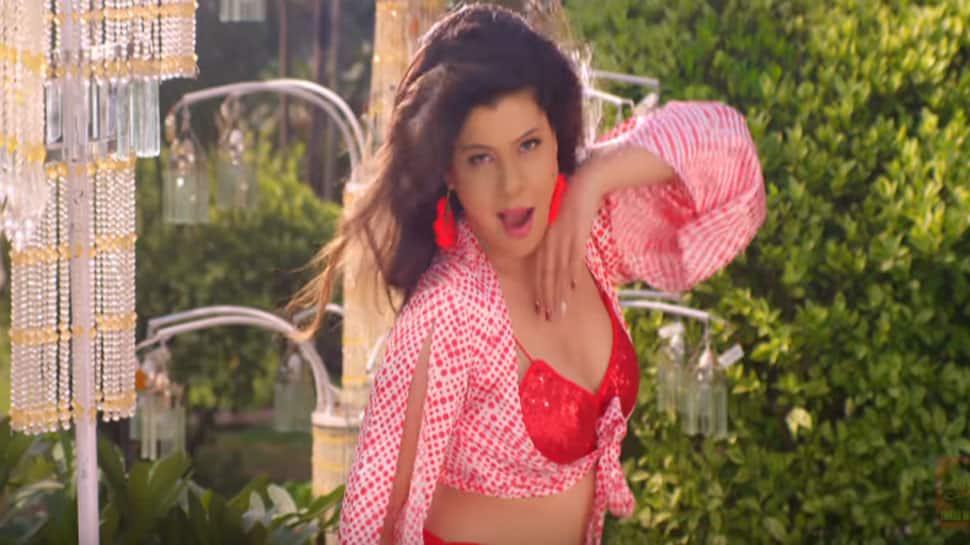 Bhojpuri sensation Sambhavna Seth's sizzling dance moves in 'Chocolaty Jawani' song are unmatchable—Watch promo