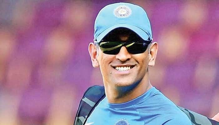MS Dhoni is fastest stumper against spinners: Mike Hussey