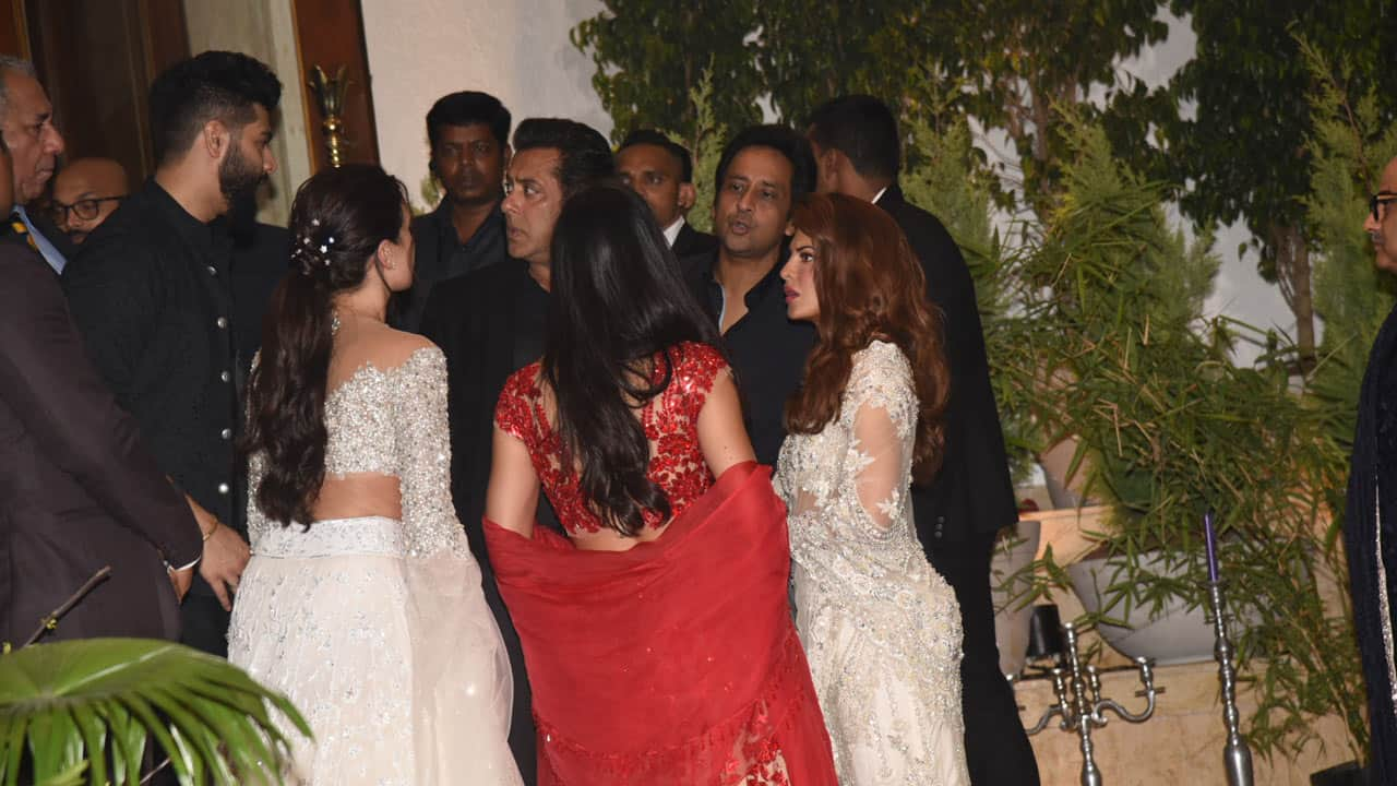 Sonam Kapoor wedding reception: Salman Khan, Katrina Kaif catch up like old pals — Watch video