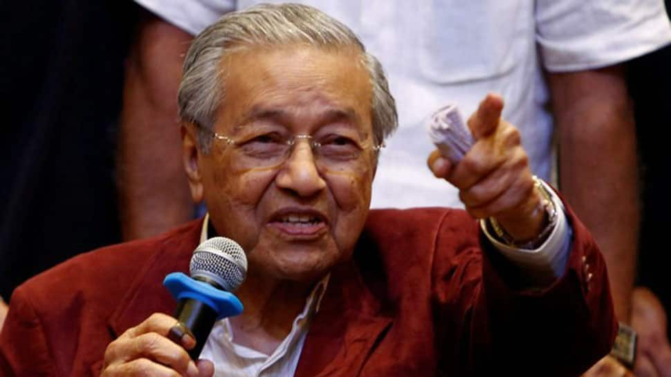 At 92, former strongman Mahathir is Malaysia's comeback kid