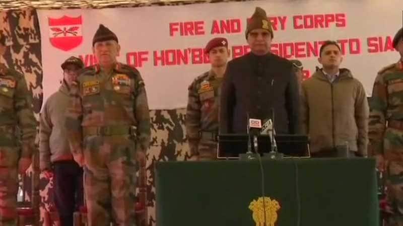 President Ram Nath Kovind visits Army base camp in Siachen - world's highest battlefield