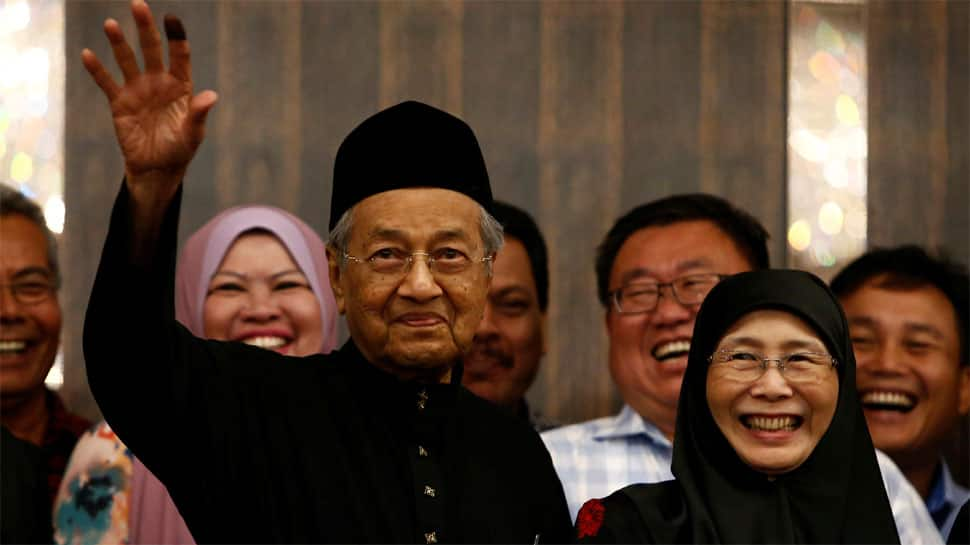 Mahathir Mohamad sworn in as Malaysia's PM after shock poll win