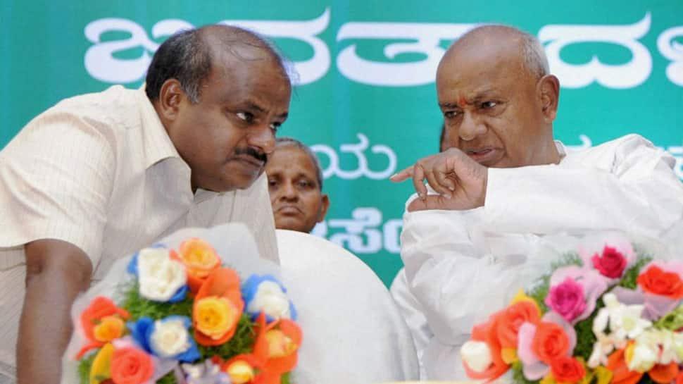 Karnataka government formation drama live streaming on Zee News