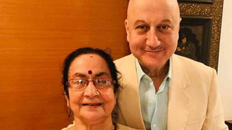 Anupam Kher gets scolded by mother; video is too cute to miss—Watch