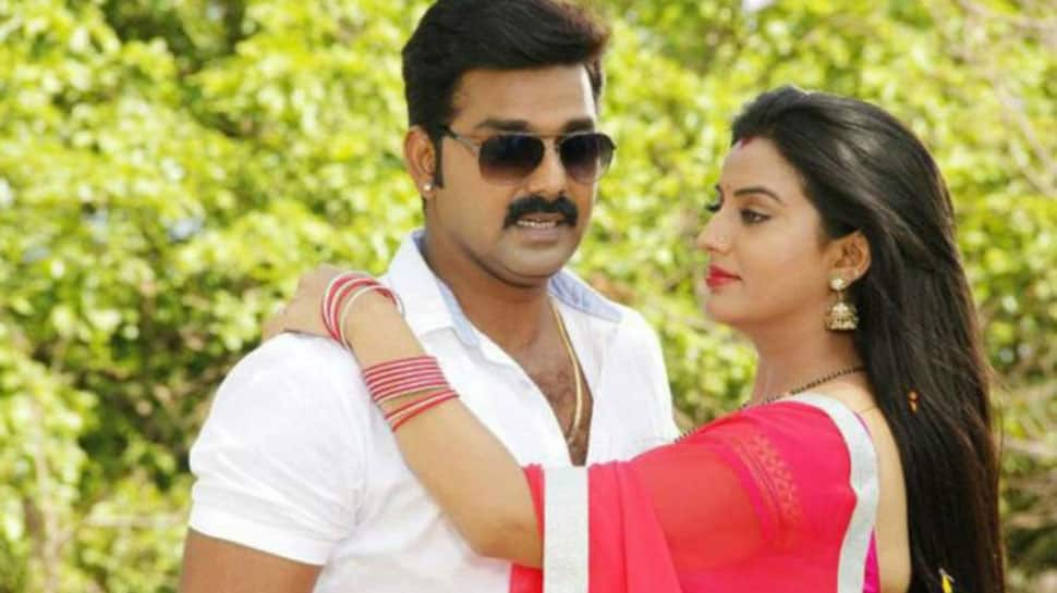 Bhojpuri power star Pawan Singh and Akshara Singh will set the screen on fire with 'Mental Raja'—Poster out