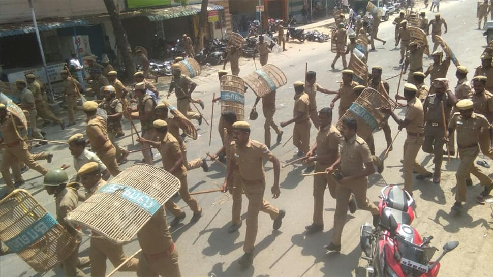 Tamil Nadu Police fired from assault rifles on anti-Sterlite protesters, heard saying at least one should die