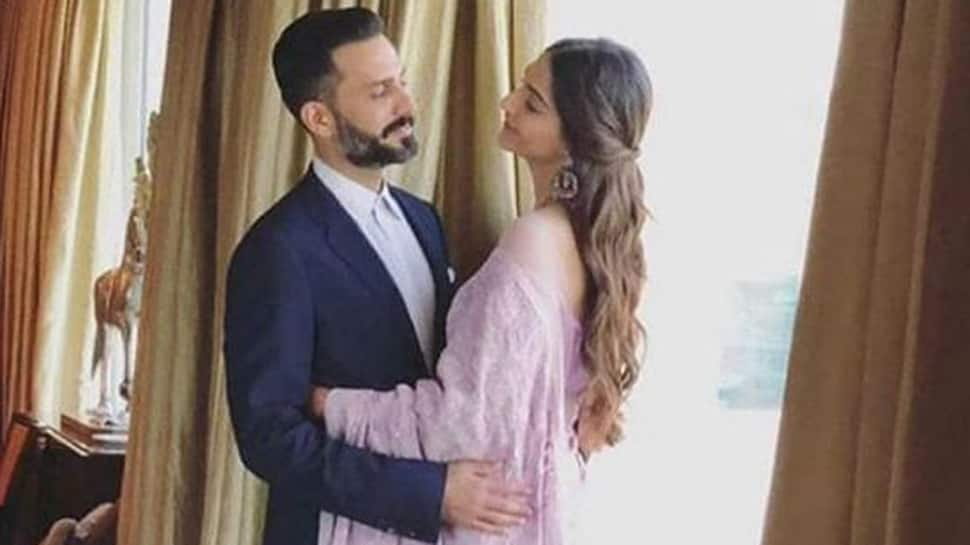 Sonam Kapoor and Anand Ahuja's 'Everyday Phenomenal' hashtag has a poetic connection-See inside