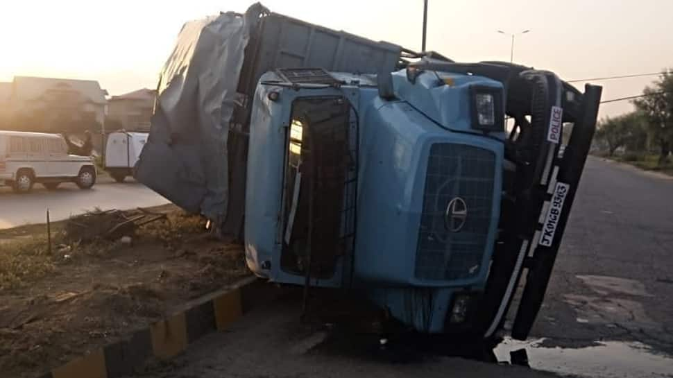 19 CRPF personnel injured in Srinagar accident, police rubbish stone pelting reports