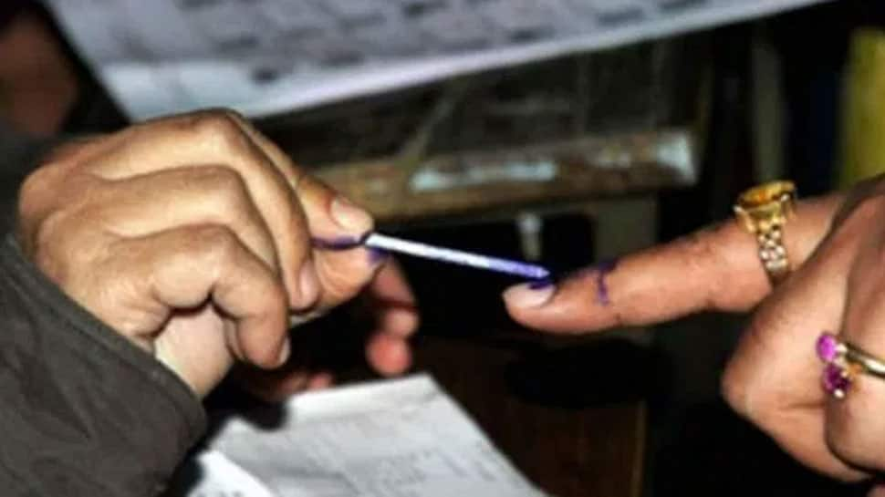 EC fights EVM allegations with 'heat' logic as 4 Lok Sabha seats, 9 Assembly constituencies go to polls