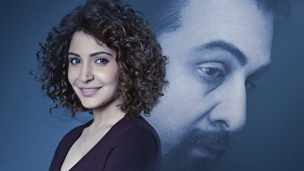 Anushka Sharma looks totally different in new 'Sanju' poster—See pic