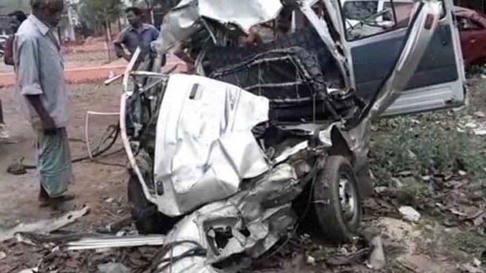 Woman two kids killed in Agra road accident