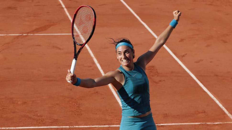 Impressive Caroline Garcia races into French Open last 16