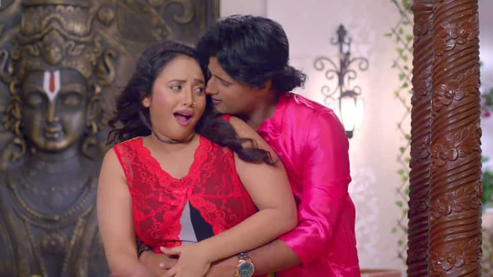 Bhojpuri siren Rani Chatterjee's sizzling dance song 'Aawate Palang Pe Dehiya' is a hit on YouTube! Watch