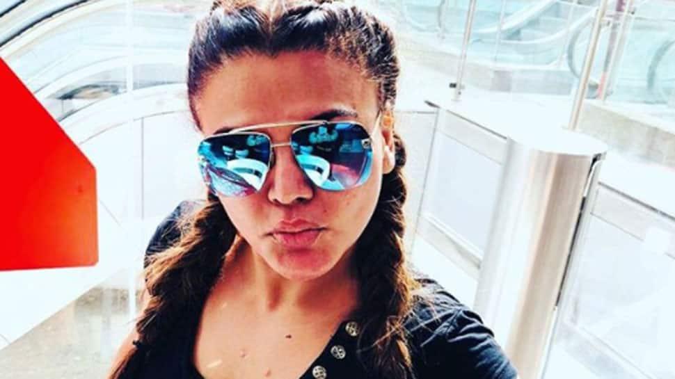 Rakhi Sawant says 'sorry' to Sunny Leone on Rajeev Khandelwal's 'Juzz Baatt'