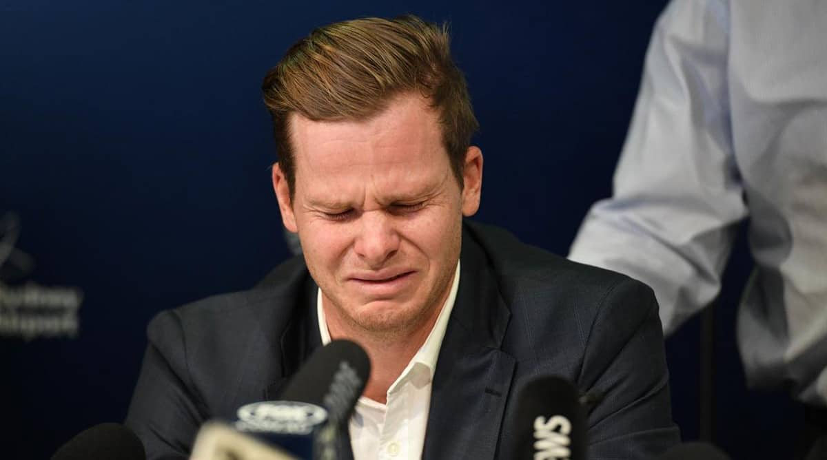 Steve Smith 'cried for four days' after tampering scandal
