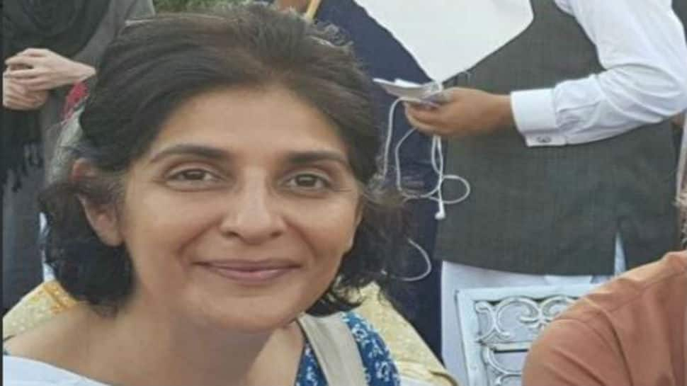 Pakistan journalist Gul Bukhari returns home after being abducted in Lahore