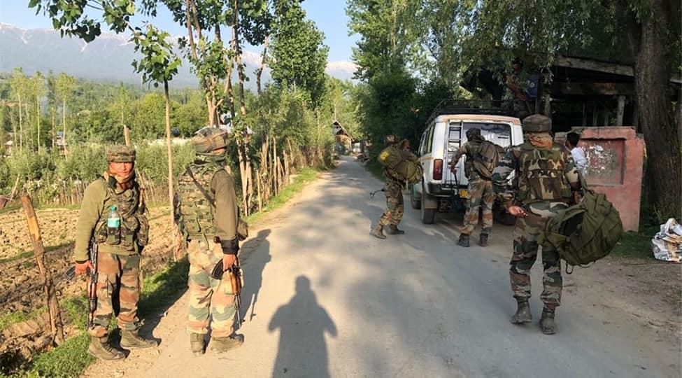 Jammu & Kashmir: Terrorists attack Army patrolling party in Kupwara