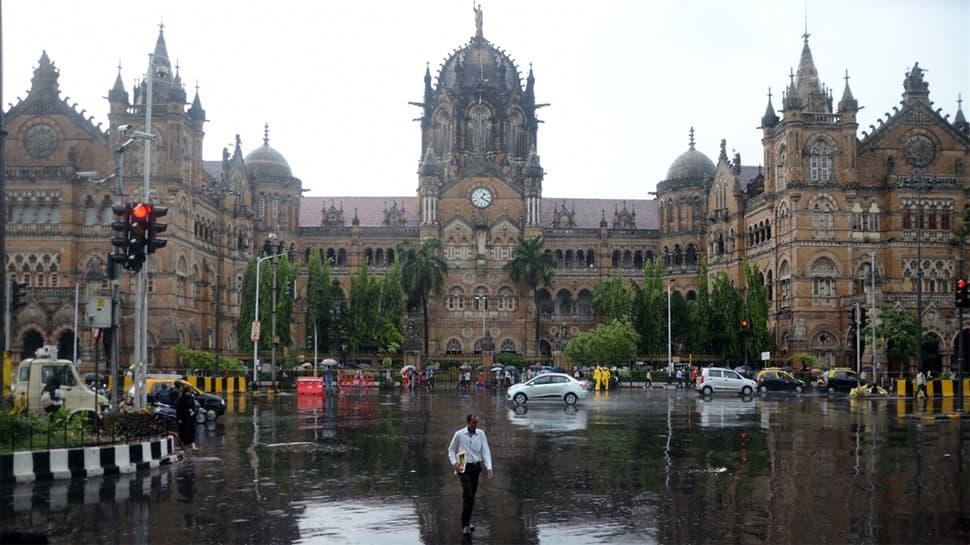 Mumbai gears up for a weekend of 'very heavy rain', BMC on alert