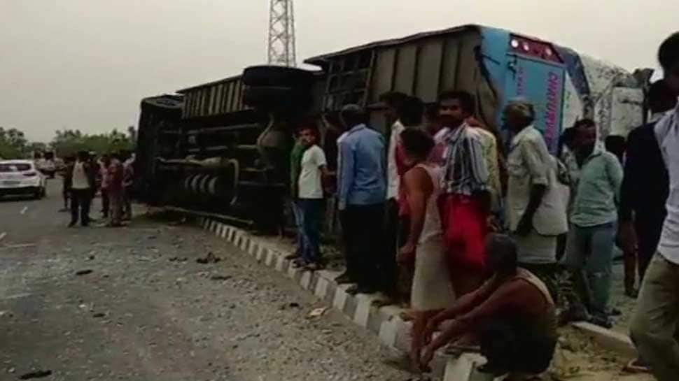 Private bus hits divider and overturns in UP's Mainpuri; 17 dead, over 35 injured
