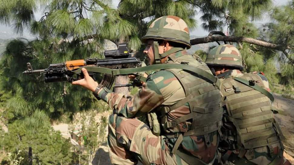 Militants attack security forces in Srinagar, 1 injured