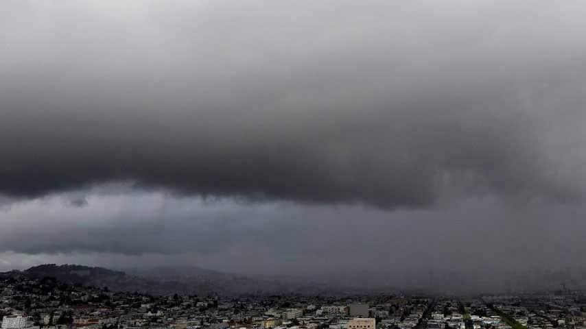 IMD warns of 'heavy rains' in Karnataka, Maharashtra, West Bengal, Northeast