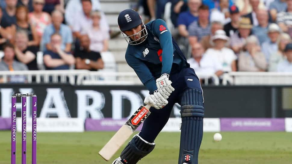 England smash world record 481 in third ODI, rout Australia by 242 runs