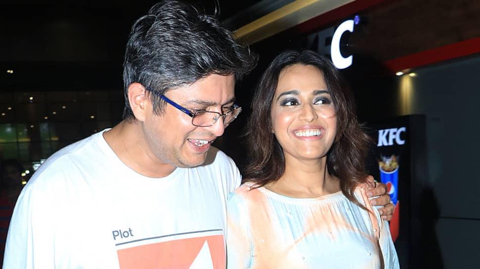 Swara Bhasker walks hand-in-hand with boyfriend Himanshu Sharma at the airport—See pics
