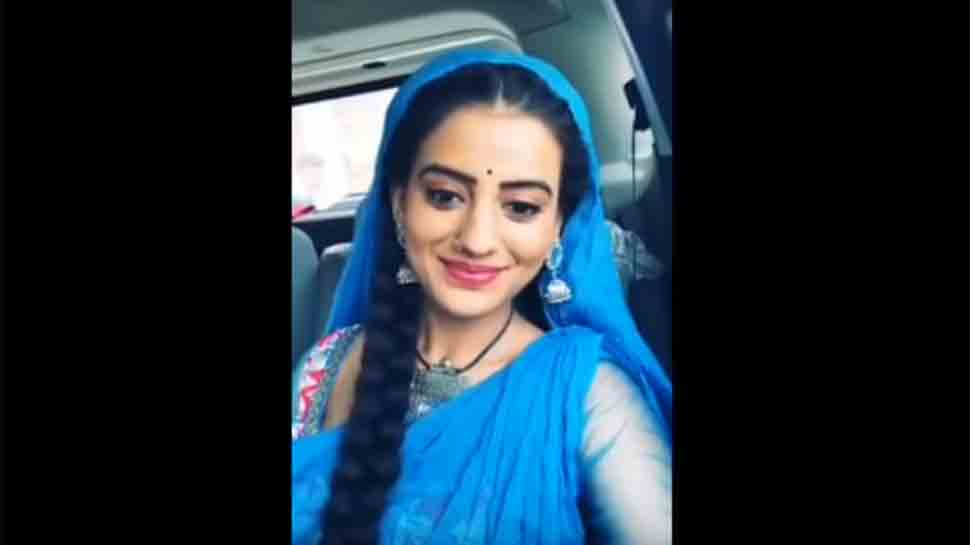 Who does Bhojpuri sizzler Akshara Singh thank for loving her — Watch video