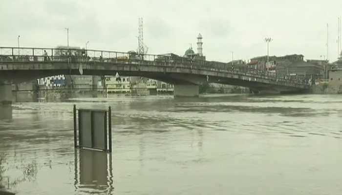 Flood situation in Kashmir improves as Jhelum water level recedes