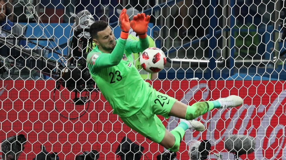 Croatia keeper Danijel Subasic ties World Cup record with 3 penalty shootout saves