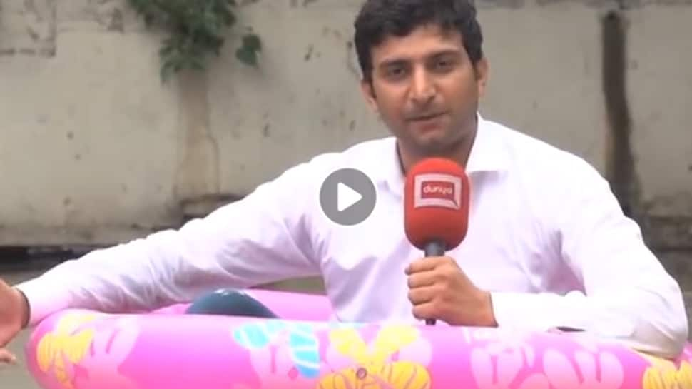 This Journalist reporting from a kid's pool has left the internet in splits—Watch