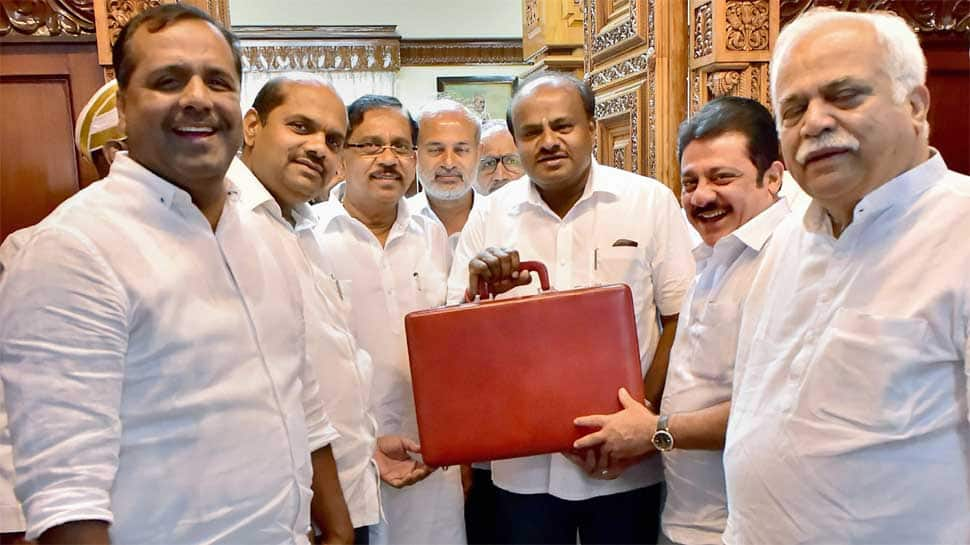 Karnataka budget: CM HD Kumaraswamy announces Rs 34,000 crore farm loan waiver scheme