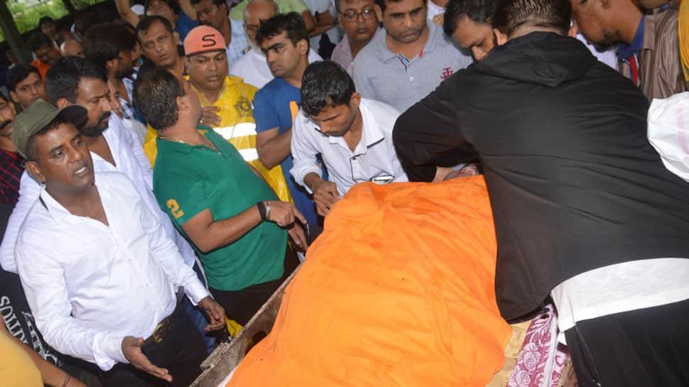 Taarak Mehta Ka Ooltah Chashma actor Kavi Kumar Azad aka Dr Hansraj Hathi's last rites performed in Mumbai—In Pics