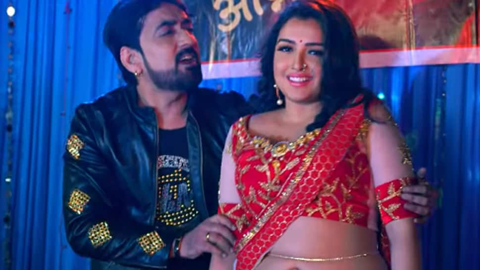 Amrapali Dubey's 'Tohare Khatir' song garners over 8.5 million views, actress's belly dancing is the talk of the town