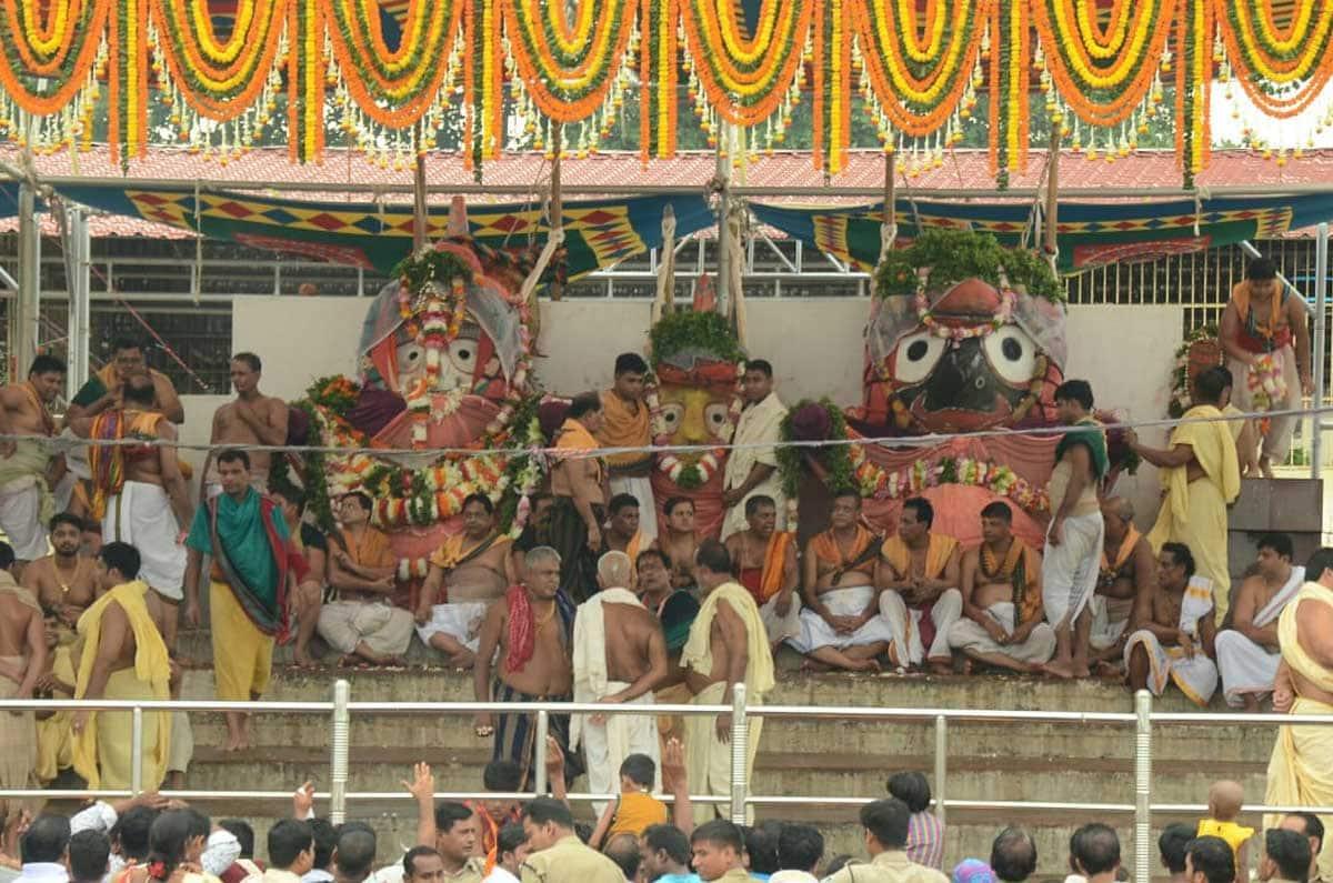 Jagannath Rath Yatra begins, PM Narendra Modi sends offerings, Amit Shah attends 'aarti' in Ahmedabad