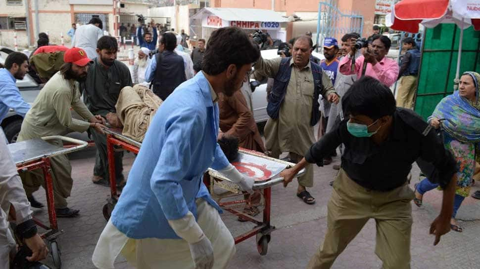 At least 133 killed, 200 injured in twin blasts in Pakistan; IS claims responsibility